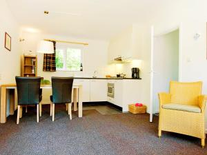 Holiday Home Middelharnis.1, Holiday homes  Ouddorp - big - 9