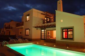 Villas Camelot, Vily  Playa Blanca - big - 1