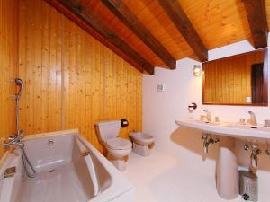 Chalet Les Cèdres, Alpesi faházak  Nendaz - big - 40