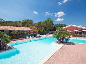 Locazione turistica Pineta.4, Holiday homes  Marina di Bibbona - big - 4