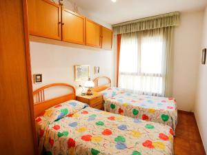 Apartment Voramar 01, Апартаменты  Амполья - big - 16