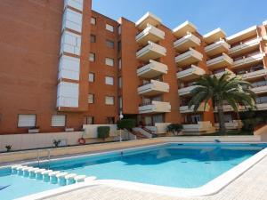 Apartment Voramar 01, Apartmány  L'Ampolla - big - 8