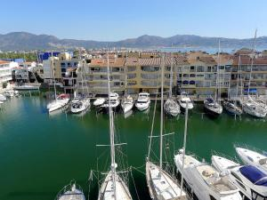 Apartment Club Nàutic.2, Apartments  Empuriabrava - big - 7