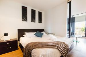 Cleo - Beyond a Room Private Apartments