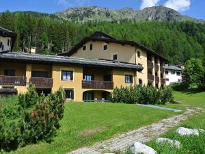 Apartment 14-1, Appartamenti  Surlej - big - 10