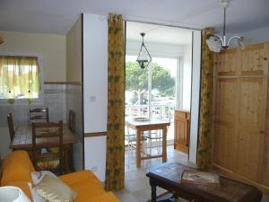 Apartment Les Sables d'Or.10, Apartmány  Le Grau-du-Roi - big - 3