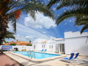 Villa Casa Bermon, Holiday homes  Torrevieja - big - 6