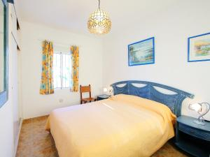 Villa Casa Bermon, Holiday homes  Torrevieja - big - 5