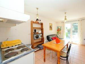 Holiday Home Les Jardins de la Clape, Holiday homes  Narbonne-Plage - big - 10