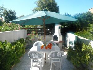Holiday Home Les Jardins de la Clape, Holiday homes  Narbonne-Plage - big - 6