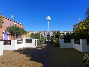 Holiday Home Les Jardins de la Clape, Holiday homes  Narbonne-Plage - big - 5