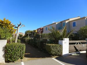 Holiday Home Les Jardins de la Clape, Holiday homes  Narbonne-Plage - big - 13