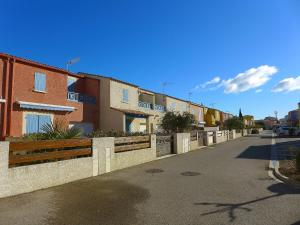 Holiday Home Les Jardins de la Clape, Holiday homes  Narbonne-Plage - big - 12