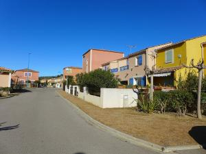 Holiday Home Les Jardins de la Clape, Holiday homes  Narbonne-Plage - big - 11