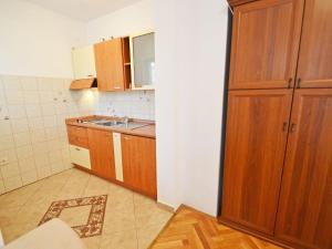 Apartment Fuma.2, Apartments  Crikvenica - big - 11