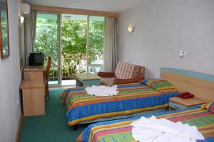 Hotel Kristel Park - All Inclusive Light, Отели  Кранево - big - 3