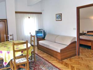 Apartment Fuma.5, Apartments  Crikvenica - big - 19