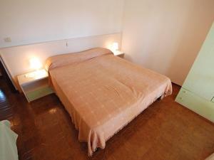 Locazione turistica Villa del Silenzio.2, Dovolenkové domy  Lignano Sabbiadoro - big - 9