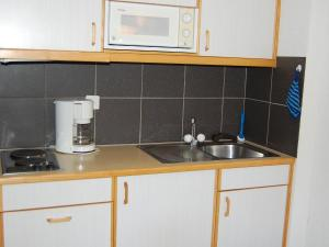 Apartment Mont Fort 43, Апартаменты  Siviez - big - 9
