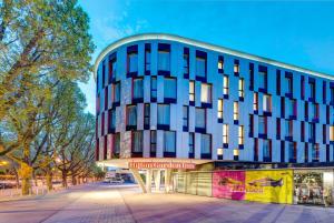 Hilton Garden Inn Stuttgart NeckarPark, Hotely  Štutgart - big - 47