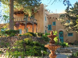 Inn of the Turquoise Bear Bed and Breakfast