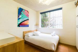 Reid - Beyond a Room Private Apartments