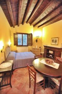 Borgo Dell'Etna, Country houses  Sant'Alfio - big - 8