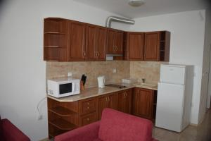 Private Apartment in Marina Cape, Apartmány  Aheloy - big - 4