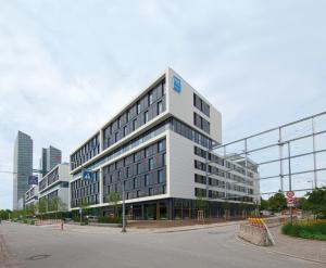 SMARTments business München Parkstadt Schwabing, Апарт-отели  Мюнхен - big - 19