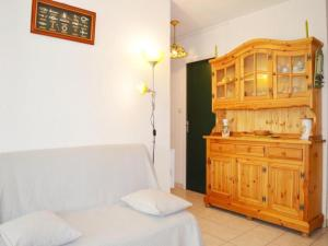 Rental Apartment Capounades - Narbonne Plage, Apartments  Narbonne-Plage - big - 13