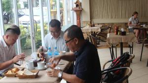 Avalon Hotel, Hostince  Vientiane - big - 4