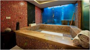Hotel Aura, Отели  Нью-Дели - big - 124