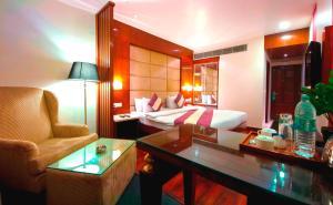 Hotel Aura, Отели  Нью-Дели - big - 127
