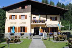 Rifugio Alpino Fazzon - AbcAlberghi.com
