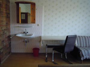 Gästehaus Jedinger Wohnungen Oberhofen Am Irrsee