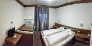 Gasthof zur Mühle, Hotely  Ora/Auer - big - 2