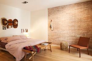 One-Bedroom Apartment II - 11, Ronda Universitat Street