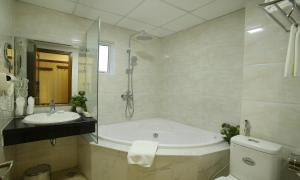 West Lake Home Hotel & Spa, Hotels  Hanoi - big - 3
