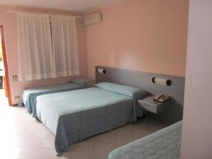 Hotel Villaggio Calaghena, Отели  Монтепаоне - big - 6