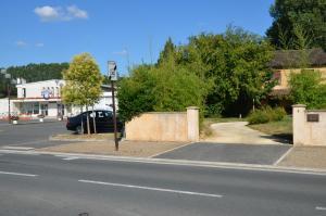 Weckerlin, Ferienhäuser  Sarliac-sur-l'Isle - big - 6