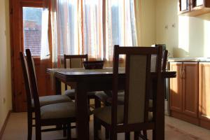Fendrin Apartment, Ferienwohnungen  Velingrad - big - 17