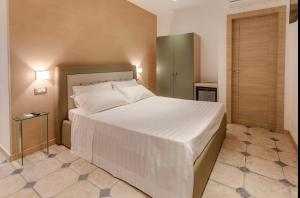 La Suite del Faro, Bed and breakfasts  Scalea - big - 28