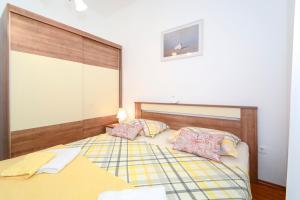 Apartments Jadranka 1705, Апартаменты  Каштела - big - 18