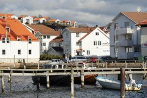 Grebbestad Vandrarhem and Minihotell