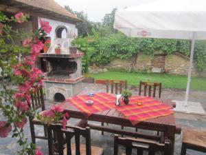 Guest House Popov, Pensionen  Marchevo - big - 53