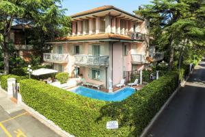 Residenza Villa Lidia - AbcAlberghi.com