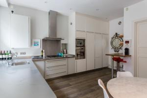 onefinestay - South Kensington private homes II, Apartmány  Londýn - big - 171