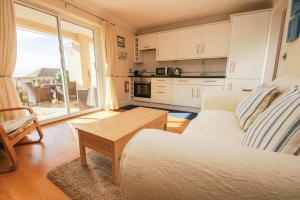 Roedean Crescent, Apartmány  Brighton & Hove - big - 2
