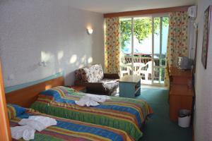 Hotel Kristel Park - All Inclusive Light, Отели  Кранево - big - 16