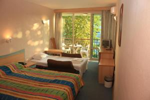 Hotel Kristel Park - All Inclusive Light, Отели  Кранево - big - 9